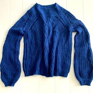 Annabelle L/xL knit navy sweater